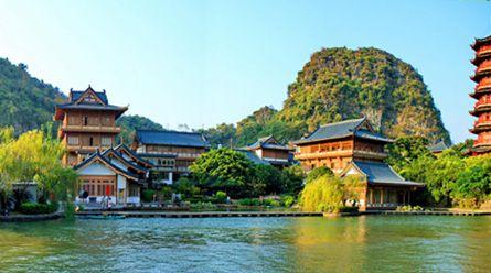 桂林市内南溪山公园-木龙湖-穿山-市内水上精华一日游